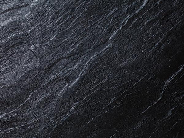 Plantillas de presentación negras de SlidesCarnival