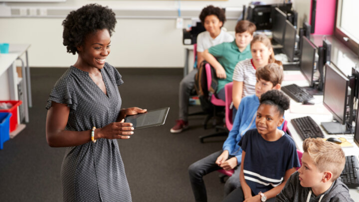 Creative Ways Teachers Can Use Presentations in the Classroom